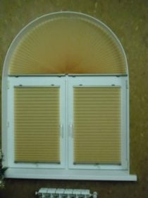 Жалюзи плиссе на арочных окнах